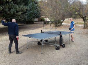 Ping pong, cage de foot et trampoline